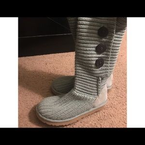 Knitted Uggs.
